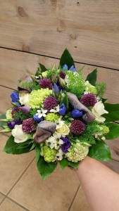 Bruidsboeket bij Marijke bloem en cadeau